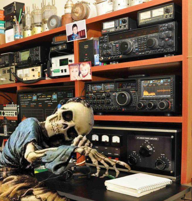 radio funny skeleton